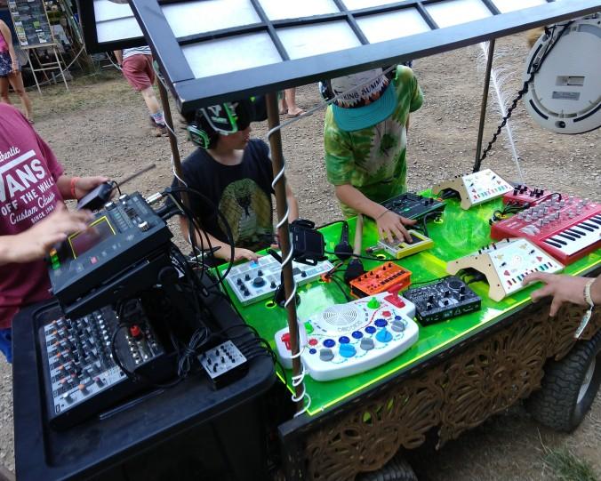 electronics cart