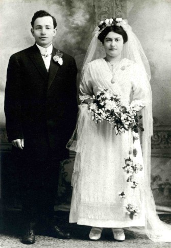 My father's parents 1910